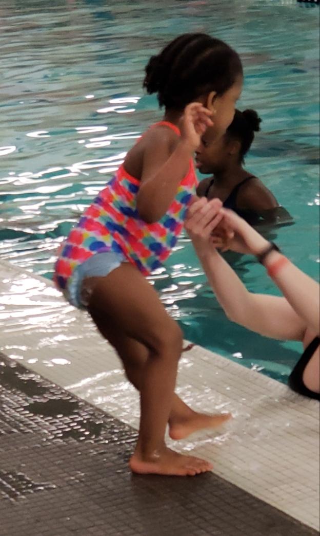 ava swiming